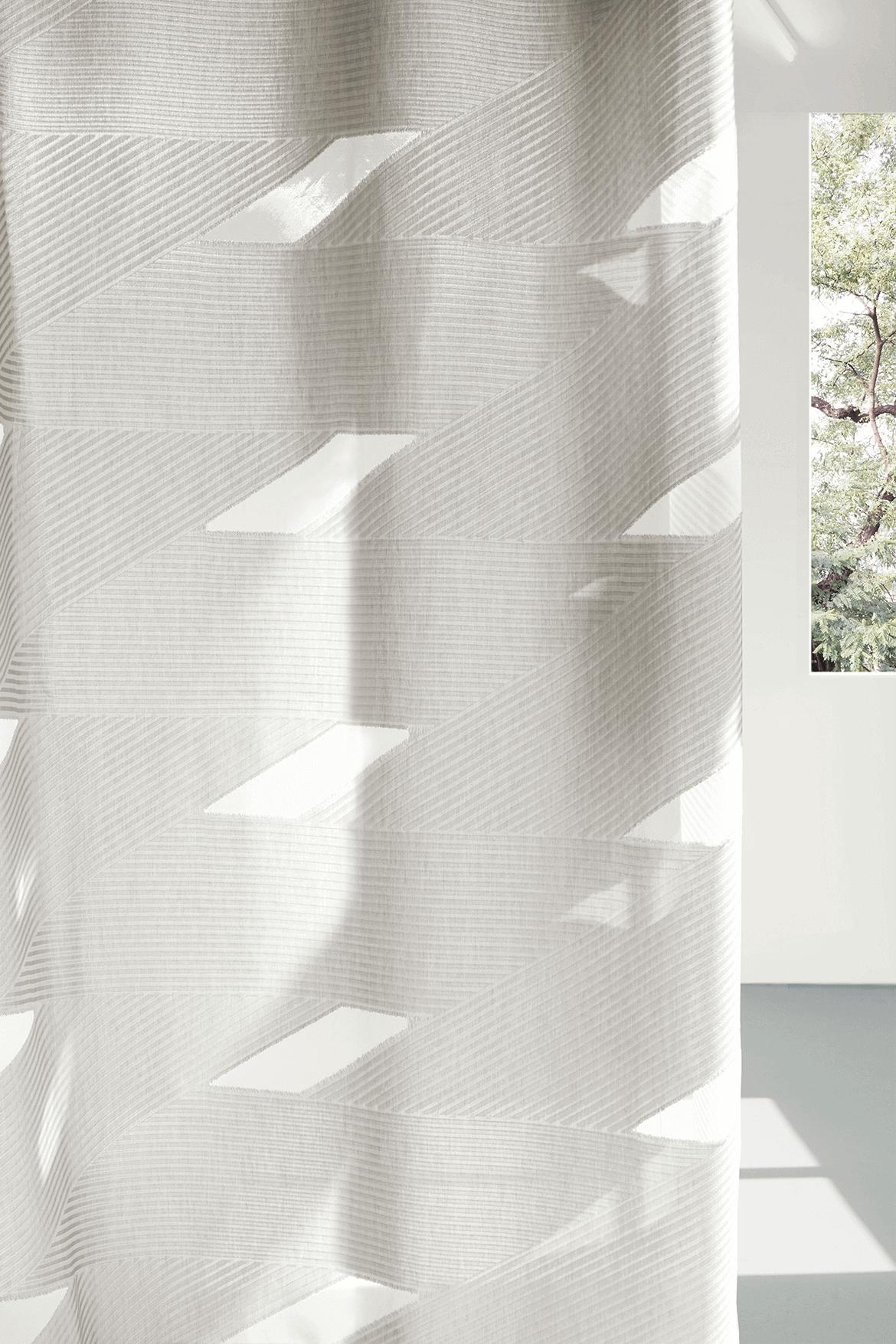 curtains_01